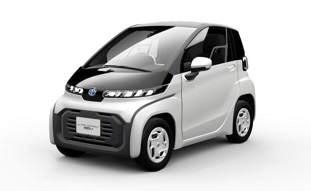 تویوتا برای سالمندان خودروی برقی میسازد//گلی