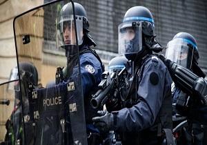 بازداشت زن محجبه در فرانسه جنجالبرانگیز شد