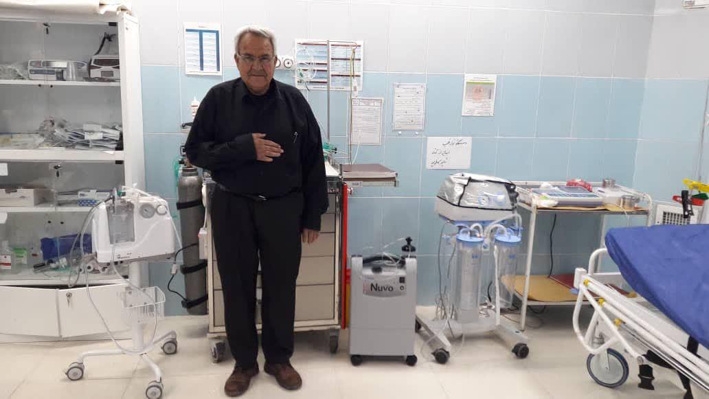 اهداء دستگاه اکسیژن ساز به مرکز درمانی زاهد شهر