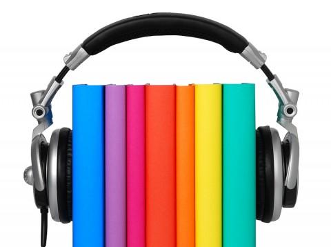 کتابهای صوتی راهکاری برای بالا بردن سرانه مطالعه/ آیا کتابهای صوتی کودکان ما را تنبل میکند؟