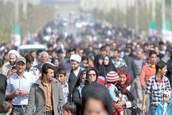ایران در رقابت جمعیتی از کدام کشورها عقب ماند؟/ پیشبینی رتبه ایران در سال ۲۰۲۴ + نمودار