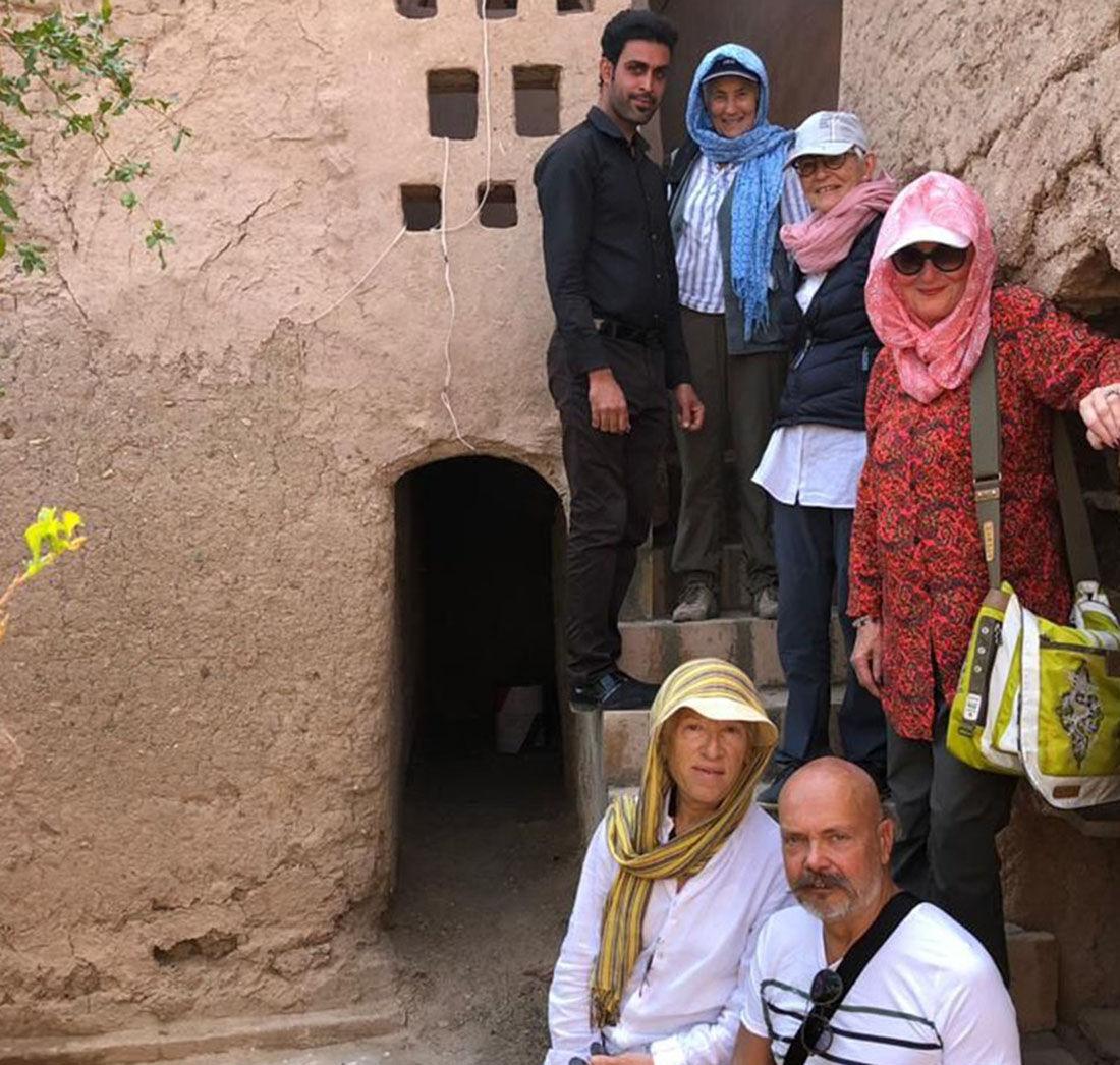 گردشگران بلژیکی و سوئیسی وارد سیستان و بلوچستان شدند