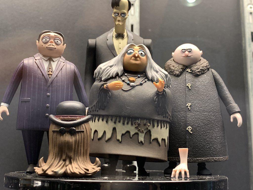 «سردسته اهریمن ها» در صدر فروش هفتگی سینمای جهان/پای هیتلر هم به سینما باز شد