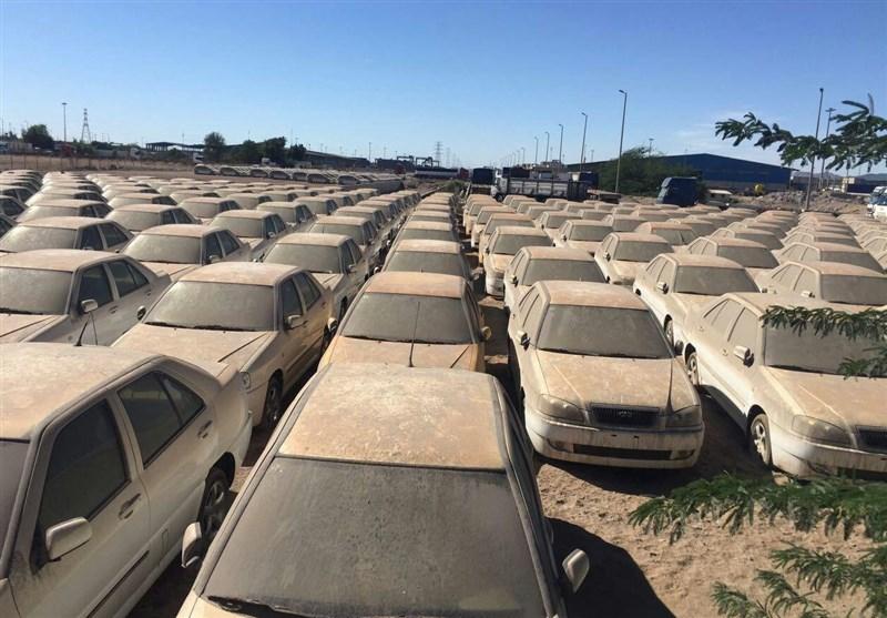 رفع مشکل ترخیص ۱۱۰۰ دستگاه خودروی پروانه شده در گمرک/ ترخیص خودروها منوط به اجازه دولت است