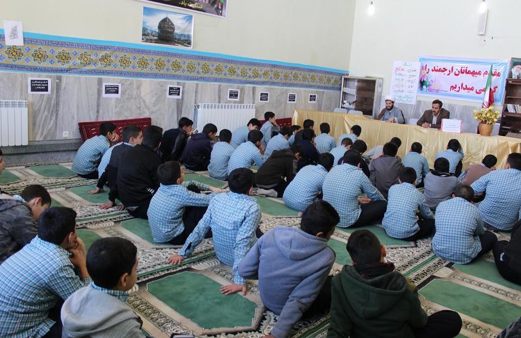 اجرایی شدن طرح یاری گران زندگی در مدارس شهرستان چرداول
