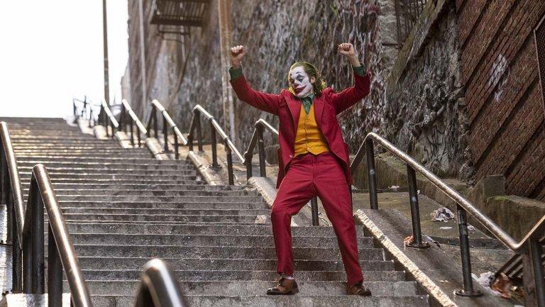 «جوکر» به پرفروشترین فیلم بزرگسال تاریخ تبدیل میشود