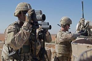 آمریکا ماندن ۲۰۰ نیروی ویژه در شرق سوریه را بررسی میکند