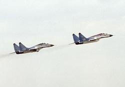 اذعان نشریه آمریکایی به سرعت بالای جنگنده میگ-۲۵