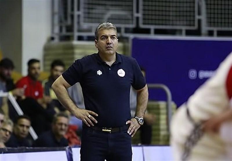 اسلامی:تیمها حاضر در تورنمنت قطر بازیکنان خارجی با کیفیتی داشتند/انتقال شیمیدر به قم قابل مقاسیه با انتقال صبا و پاس نیست