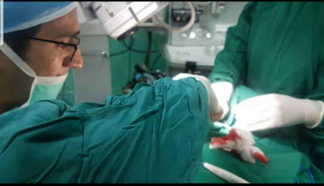 خارج کردن سکه از مری کودک ۵ ساله در بیمارستان رازی سراوان