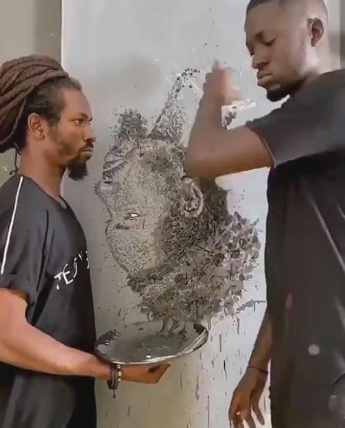 روش عجیب هنرمند برای کشیدن پرتره داوطلبان+فیلم