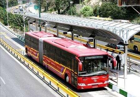 تصادف علت تاخیر در خدمت رسانی اتوبوسهای بی آر تی خط تجریش- راه آهن