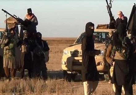 آمریکا زنان داعشی را از سوریه به عراق منتقل میکند