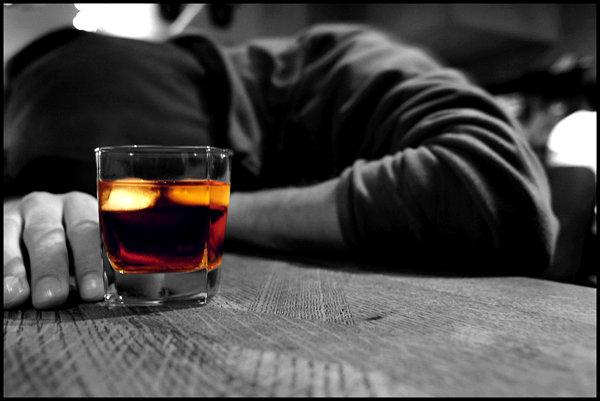 باشگاه خبرنگاران -آنتیبیوتیکهای ظاهرا بیخطر پشتپرده یک بیماری نادر و نوظهور/ این مرد بدون الکل هم مست است!