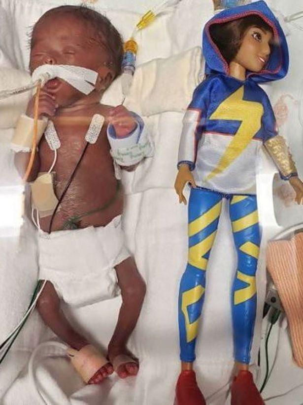 بیمارستان/ کودک بندانگشتی