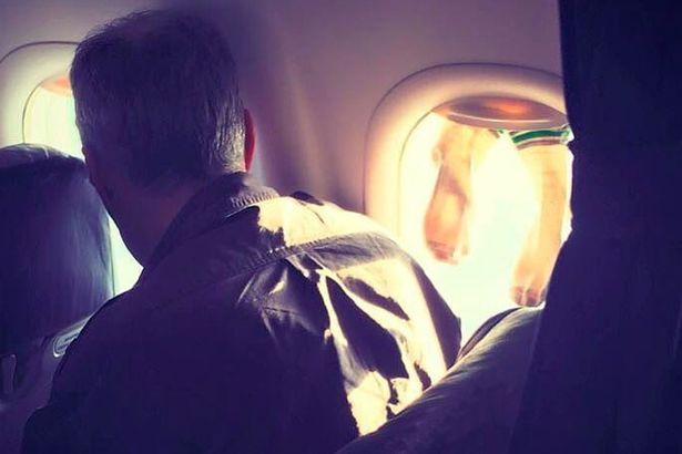 حرکت زشت یک مسافر در هواپیمای خارجی + عکس