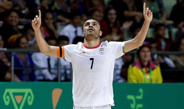 باشگاه خبرنگاران -حسنزاده: بازی مقابل ترکمنستان و قرقیزستان بسیار مفید است/ در بازیهای مقدماتی با جدیت به میدان میرویم