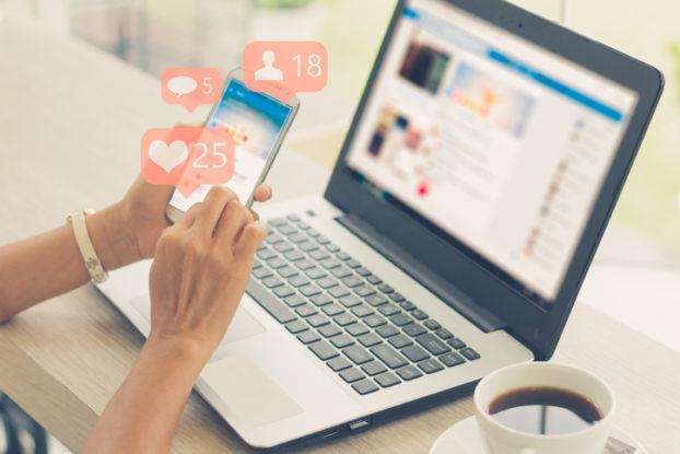 تفاوتهای معنادار رفتار زنان و مردان در شبکه هایاجتماعی/ از علاقه زنان به سلفی تا خودمهم پنداری مردان در فضای مجازی