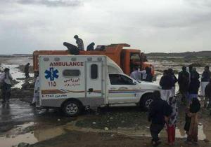 نجات جان مادر باردار گرفتار در سیلاب