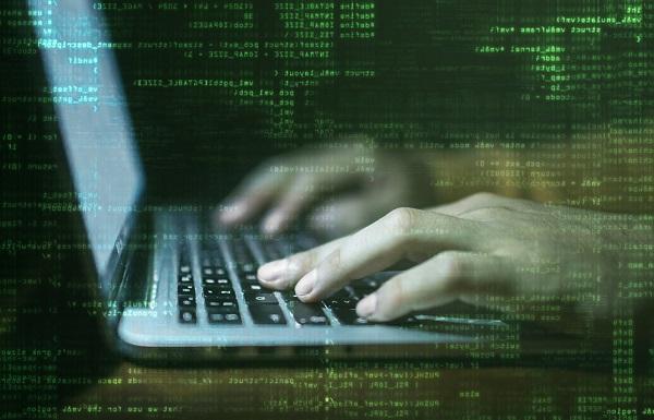 استفاده از ابزارهای وب برای حملههای سایبری