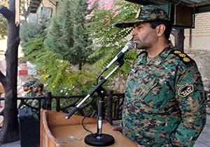 نیروی انتظامی لبه تیز شمشیر انقلاب اسلامی است
