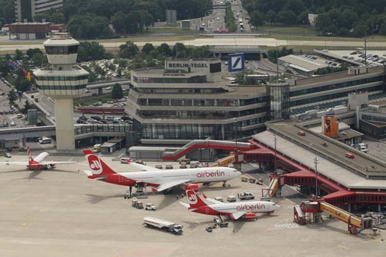 تاخیر در پروازهای فرودگاه تگل برلین به علت آتشسوزی