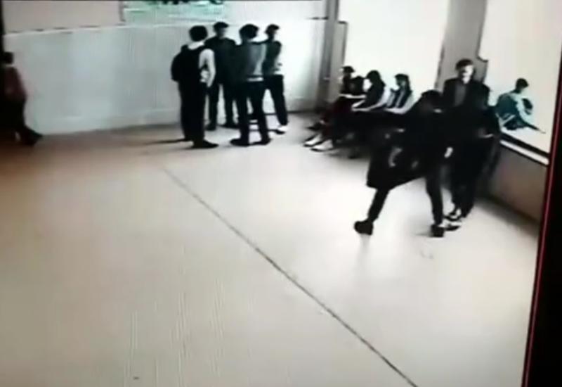 شوخی خطرناک دانش آموزان با هم کلاسیشان+فیلم