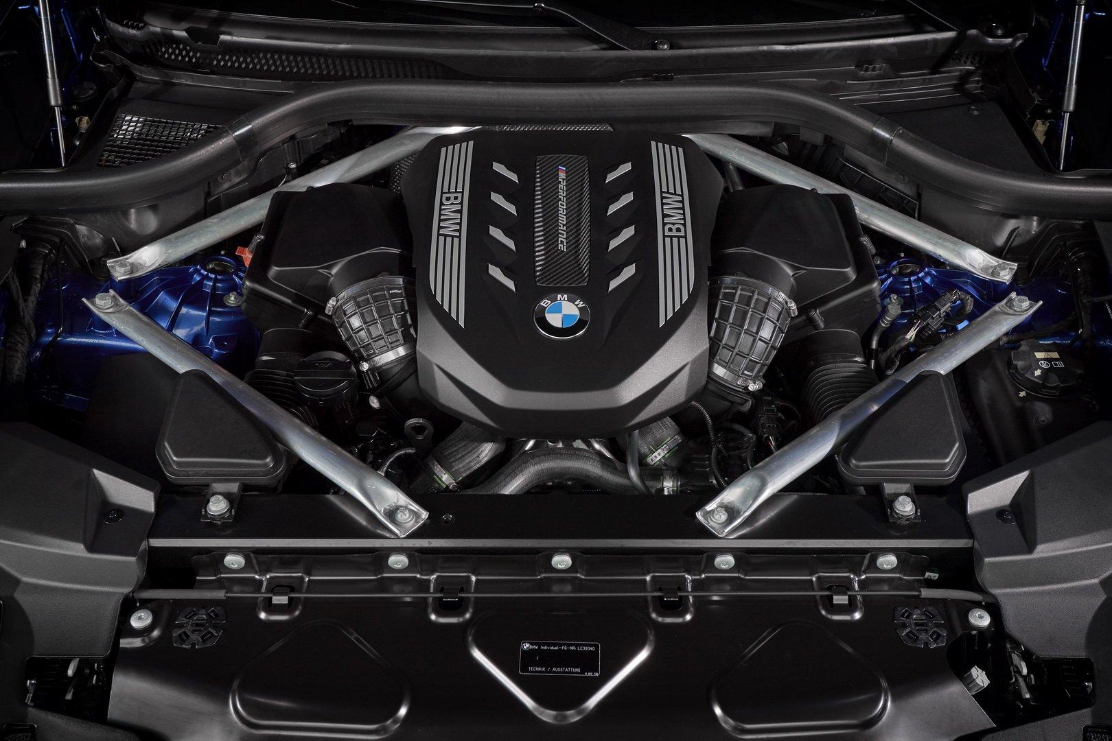 بررسی جزئیات ظاهری و فنی خودروی بیامو X6 +تصاویر