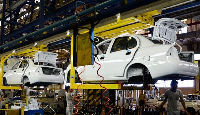 روند الاکلنگی قیمت خودرو سرگردانی که پایانی ندارد/ زیان ۴۳ میلیون تومانی گریبان خودروسازان را گرفت/در کنار پراید، تیبا نیز گران خواهد شد