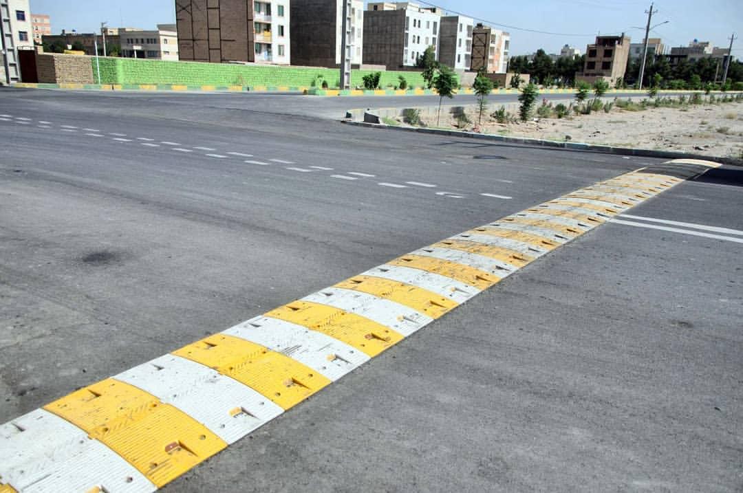 حذف و استاندارد سازی همه سرعت گیر ها در خیابان های اراک