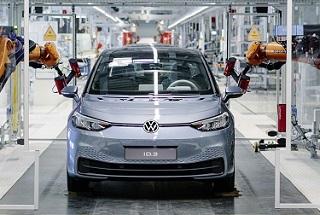 آغاز تولید انبوه خودروی الکتریکی ID.3 فولکسواگن +تصاویر