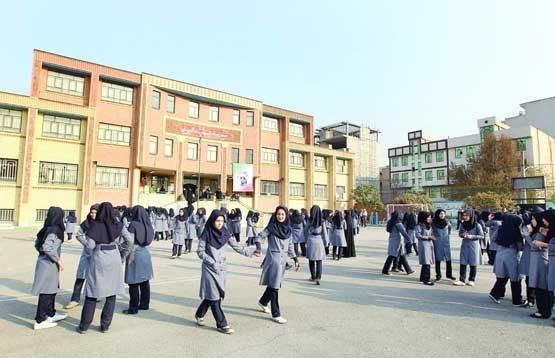 مجتمعسازی رویکردی جدید در تامین فضای آموزشی/ غفلت انبوه سازان از ساخت مدرسه در منطقه ۲۲