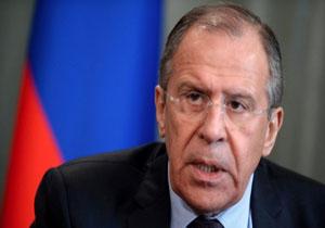 لاوروف: غرب از ادعای استفاده از سلاحهای شیمیایی در سوریه سوء استفاده میکند