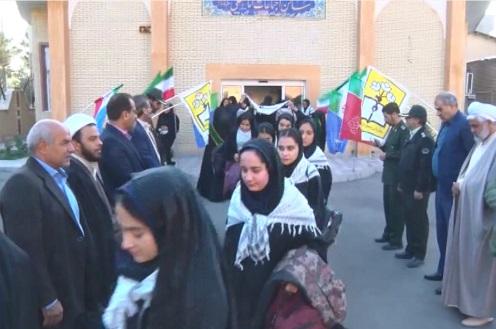 اعزام اولین کاروان راهیان نور دانش آموزی استان مرکزی
