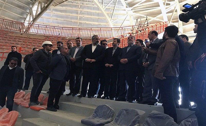 وزیر کشور از پروژههای نیمهتمام استان کردستان بازدید کرد.