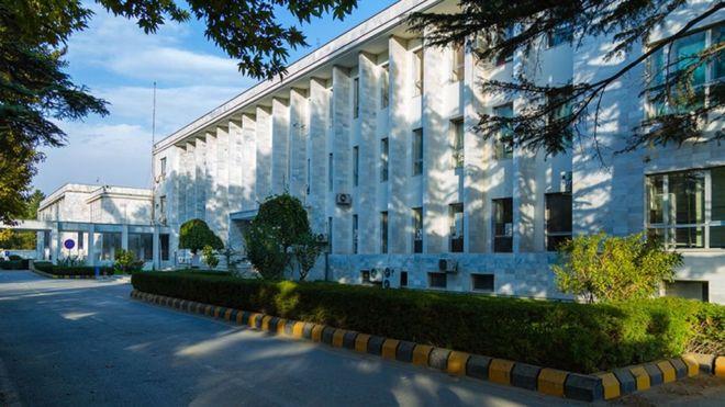 ممنوع الخروج شدن دیپلمات های افغانستان