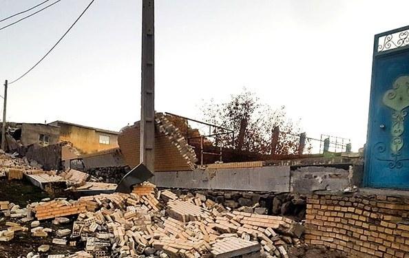 باشگاه خبرنگاران -باز بودن تمام راههای منتهی به مناطق زلزلهزده/ اعزام ۷۰ دستگاه خودروی سنگین به منطقه