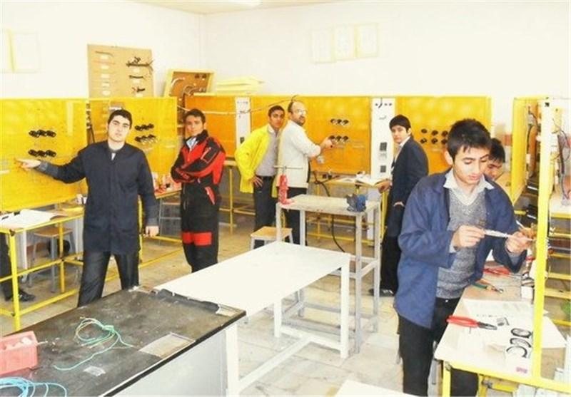 بهره مندی ۹۷۱ نفراز آموزشهای فنی و حرفهای در نهاوند