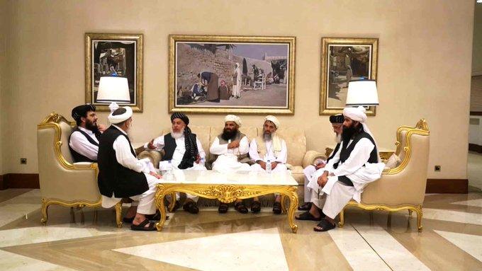 سفر پنهانی نمایندگان اشرف غنی به قطر برای گفتگو با طالبان
