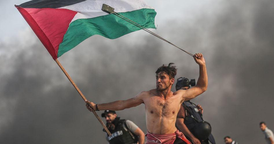 عکس جوان فلسطینی در بین ۲۰ عکس برتر گاردین+ تصویر