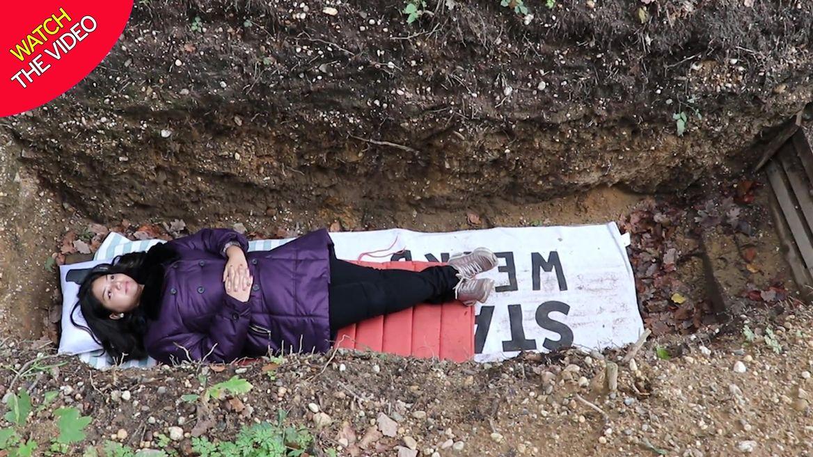 در قبر بخوابید تا شب امتحان استرس نگیرید! + فیلم//