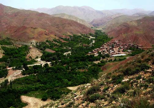 شیراز مقبره اسرار و تماشاگه راز