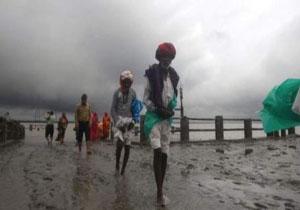 افزایش شمار قربانیان توفان هند و بنگلادش