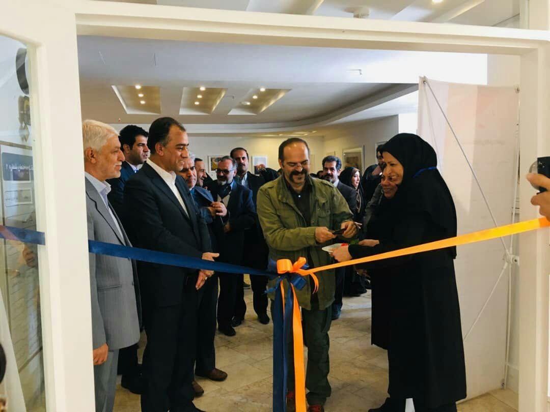 افتتاح نمایشگاه هفته تصویر گری در مشهد/پایه گذاری انجمن تصویرسازی در مشهد