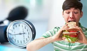 باشگاه خبرنگاران - اگر میخواهید فشار خون نگیرید، دور این خوراکیها را خط بکشید