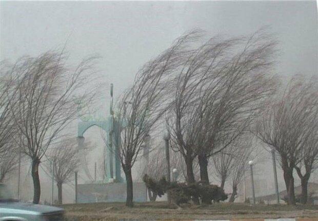 سرعت وزش باد در زابل ۷۲ کیلومتر بر ساعت رسید