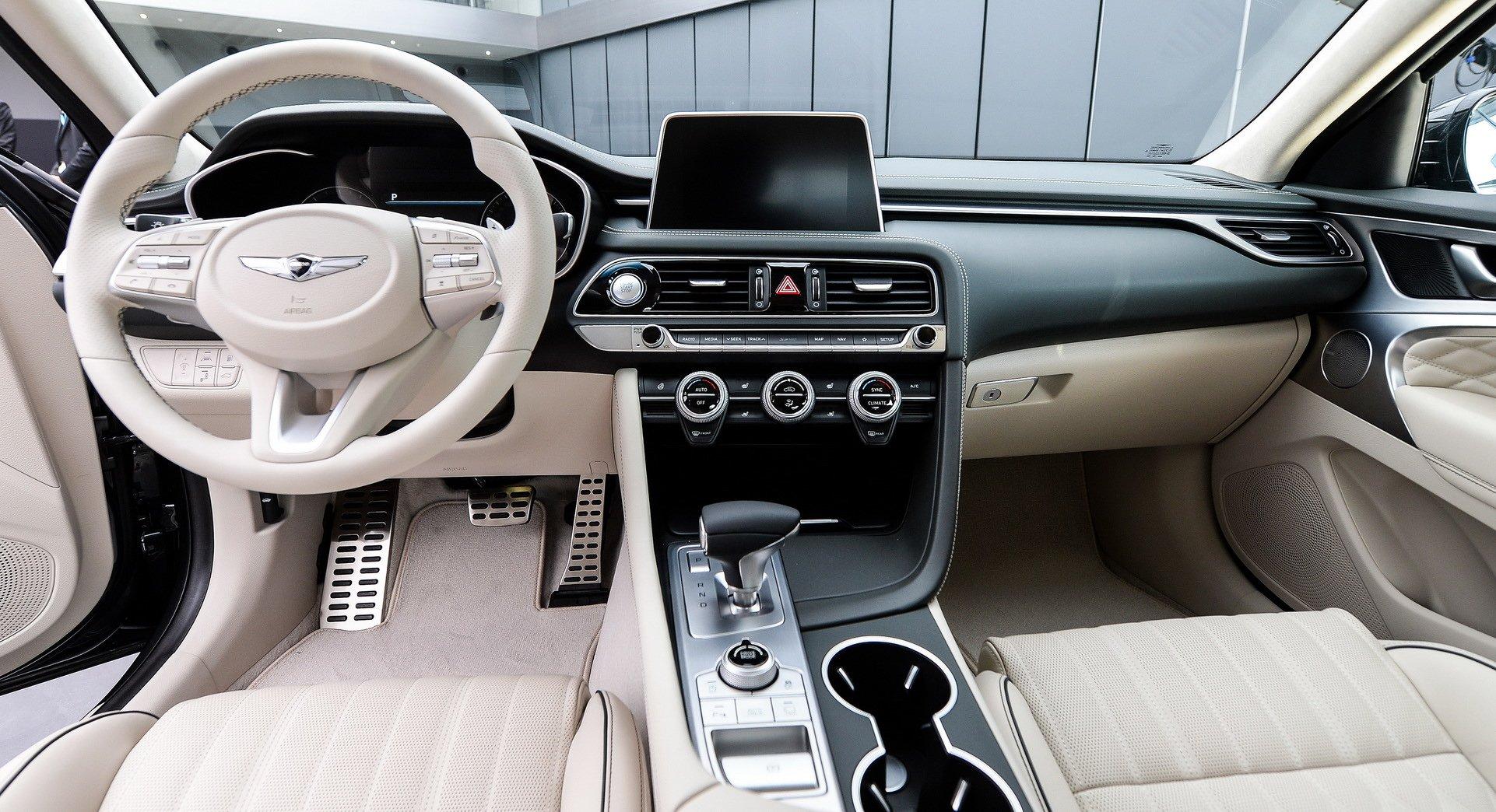 اطلاعات در مورد خودروی لوکس Genesis GV70 +تصاویر