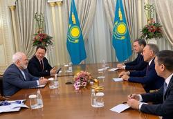 دیدار ظریف با نورسلطان نظربایف رهبر قزاقستان