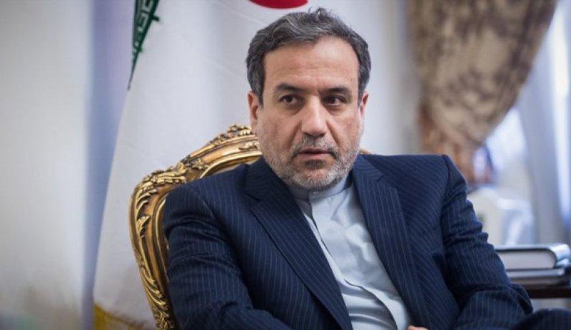 دکتر عراقچی: آمریکا جرات تعرض به ایران ندارد / هدف از کاهش تعهدات