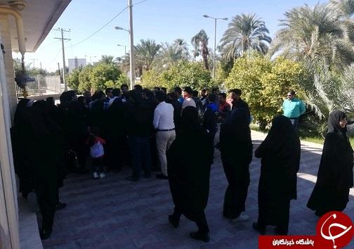 اعتراض طبسی ها به ثبت نامی که زود پایان رسید+ تصاویر